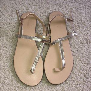 Flats/Sandals